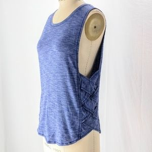 Lululemon Var-city muscle tank w criss cross sides